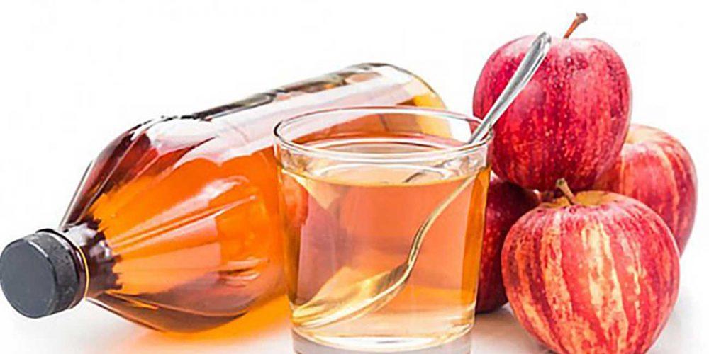 Woda z octem jabłkowym